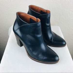 Lucky Brand womens Eesa leather slip on booties